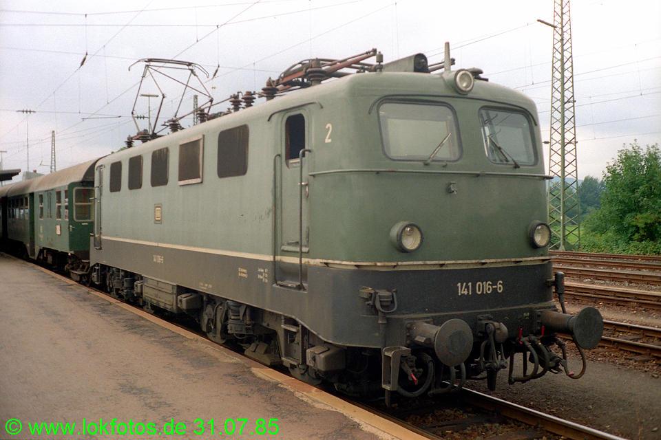 http://www.lokfotos.de/fotos/1985/0731/05338.jpg