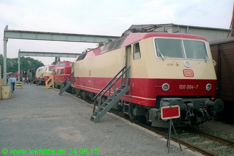 http://www.lokfotos.de/fotos/1985/0824/05551.jpg