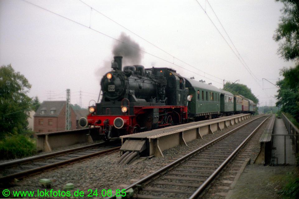 http://www.lokfotos.de/fotos/1985/0824/05584.jpg