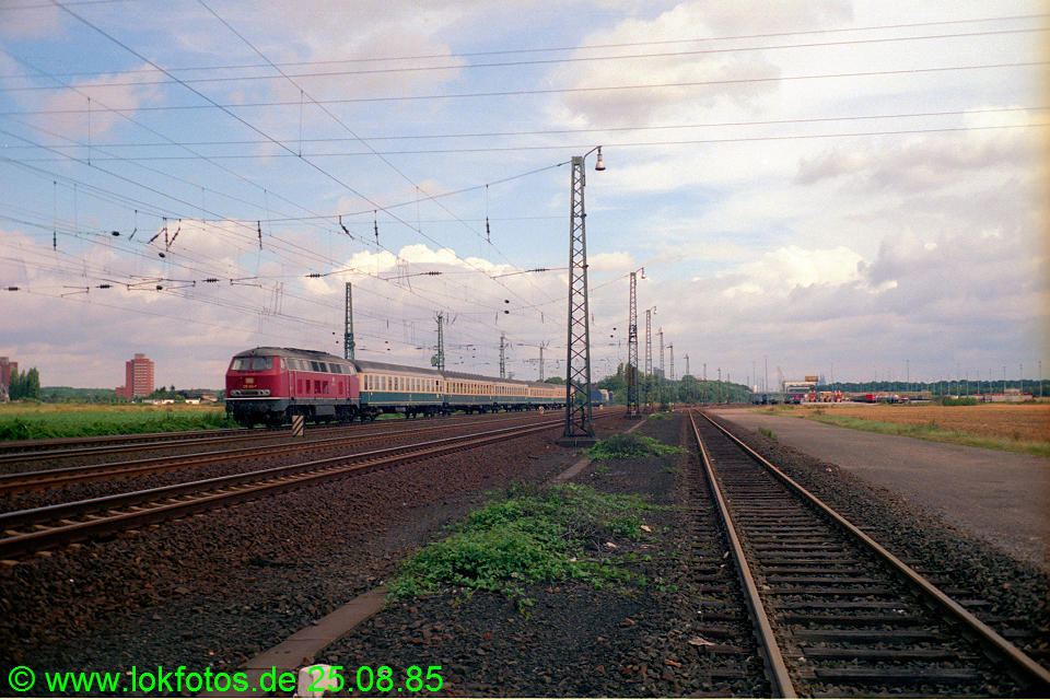 http://www.lokfotos.de/fotos/1985/0825/05592.jpg
