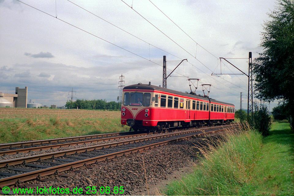 http://www.lokfotos.de/fotos/1985/0825/05600.jpg