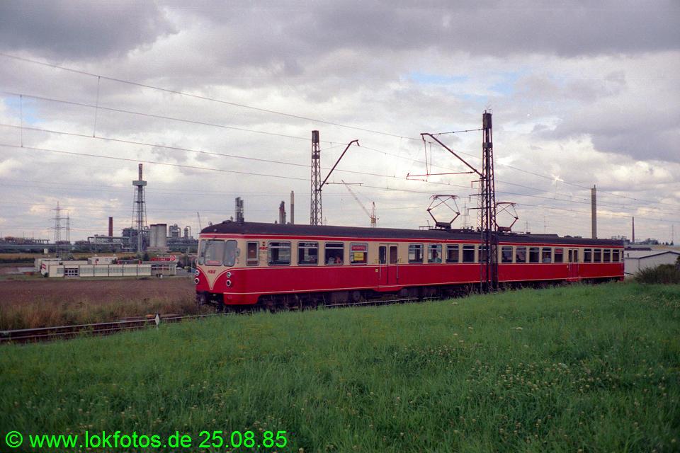 http://www.lokfotos.de/fotos/1985/0825/05606.jpg