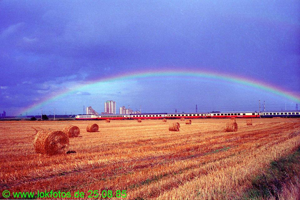 http://www.lokfotos.de/fotos/1985/0825/05613.jpg