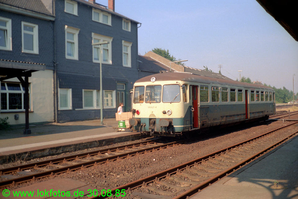 http://www.lokfotos.de/fotos/1985/0830/05617.jpg