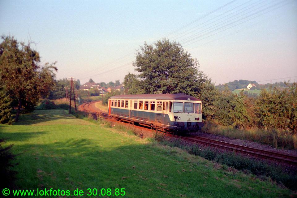 http://www.lokfotos.de/fotos/1985/0830/05623.jpg