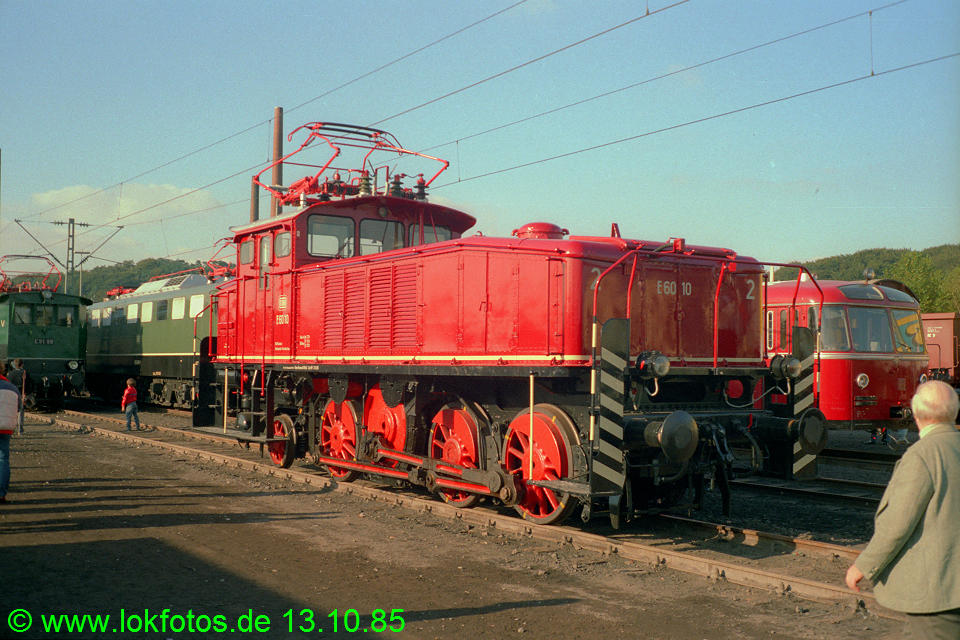 http://www.lokfotos.de/fotos/1985/1013/05719.jpg