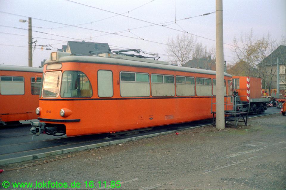 http://www.lokfotos.de/fotos/1985/1116/05820.jpg