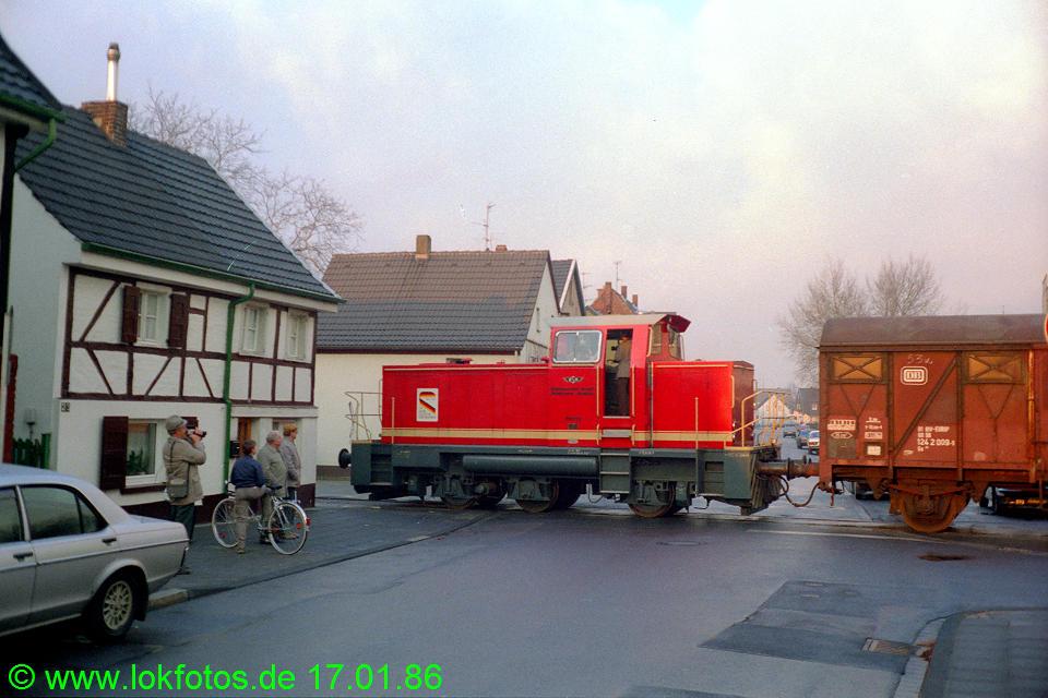 http://www.lokfotos.de/fotos/1986/0117/05890.jpg