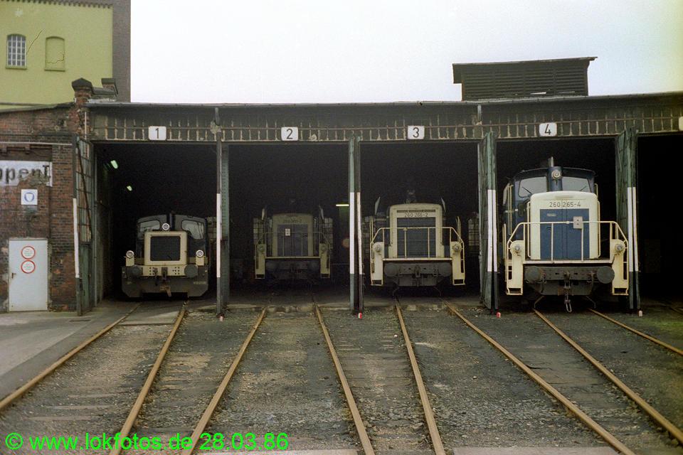 http://www.lokfotos.de/fotos/1986/0328/05919.jpg