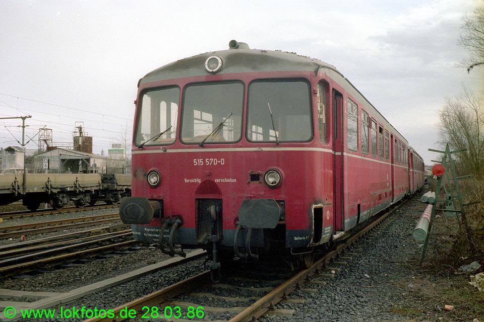 http://www.lokfotos.de/fotos/1986/0328/05939.jpg