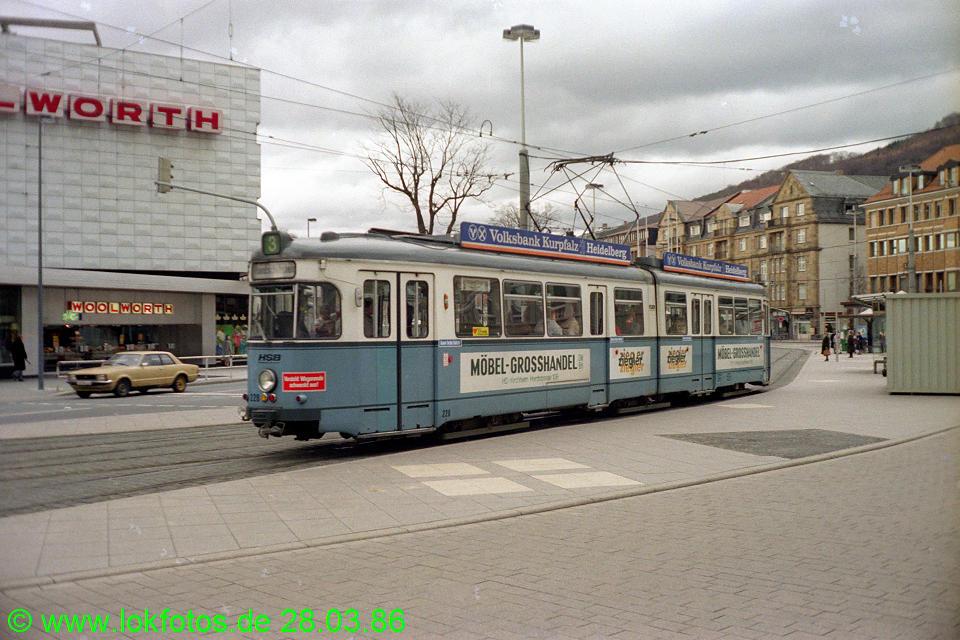 http://www.lokfotos.de/fotos/1986/0328/05955.jpg
