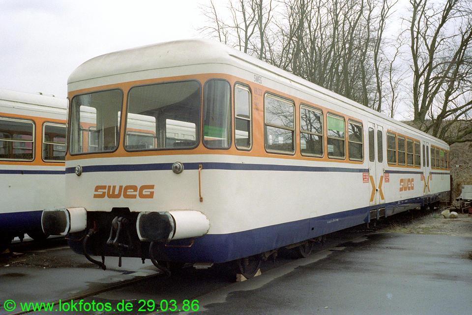 http://www.lokfotos.de/fotos/1986/0329/05981.jpg