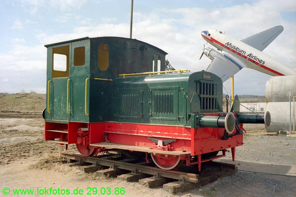 http://www.lokfotos.de/fotos/1986/0329/06003.jpg