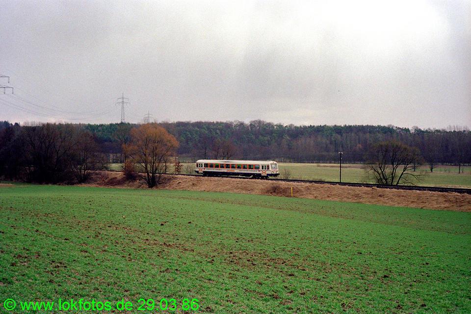http://www.lokfotos.de/fotos/1986/0329/06007.jpg