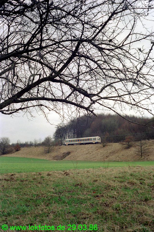 http://www.lokfotos.de/fotos/1986/0329/06010.jpg