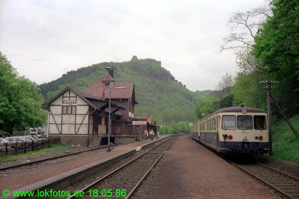 http://www.lokfotos.de/fotos/1986/0518/06044.jpg