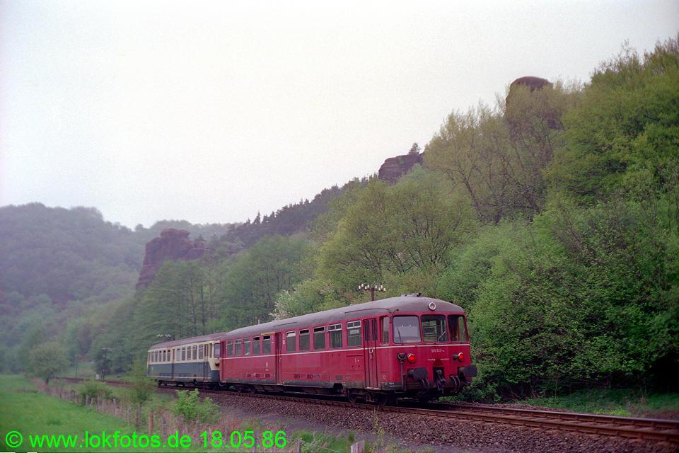 http://www.lokfotos.de/fotos/1986/0518/06052.jpg