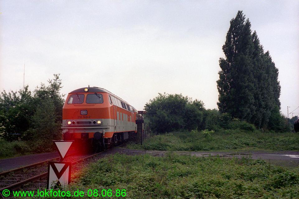 http://www.lokfotos.de/fotos/1986/0608/06087.jpg