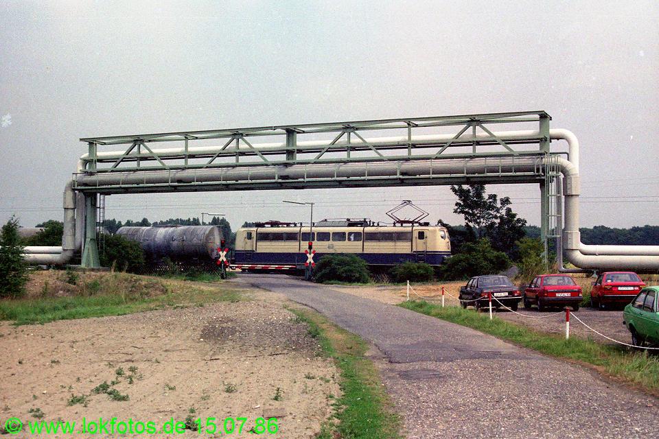 http://www.lokfotos.de/fotos/1986/0715/06132.jpg