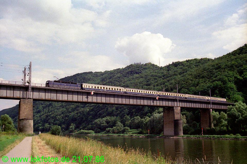 http://www.lokfotos.de/fotos/1986/0721/06212.jpg