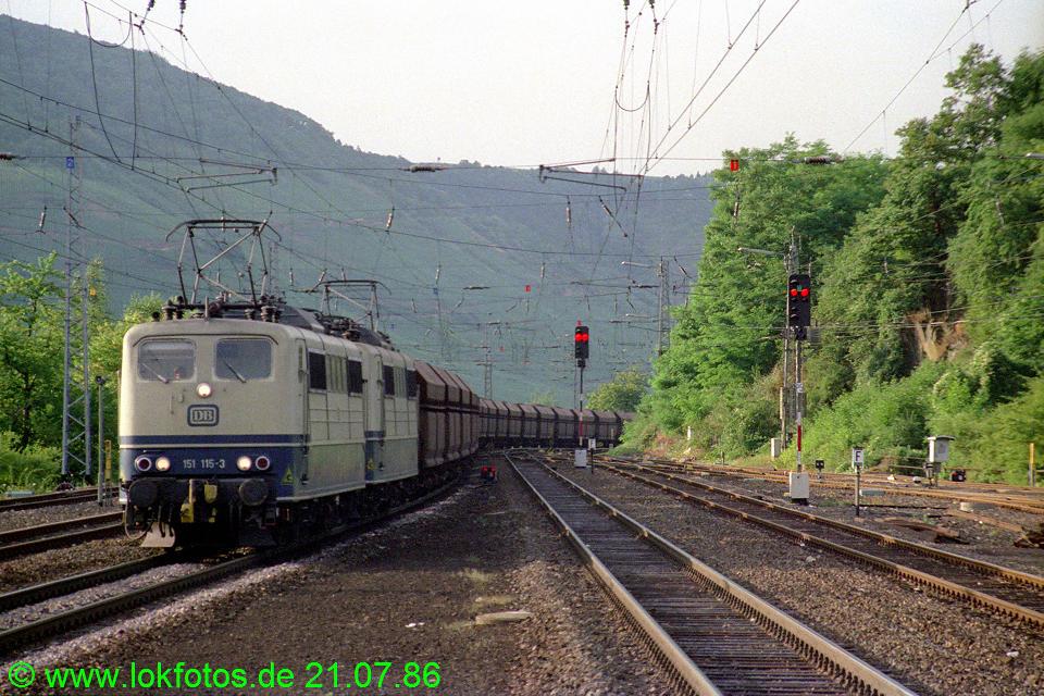 http://www.lokfotos.de/fotos/1986/0721/06225.jpg