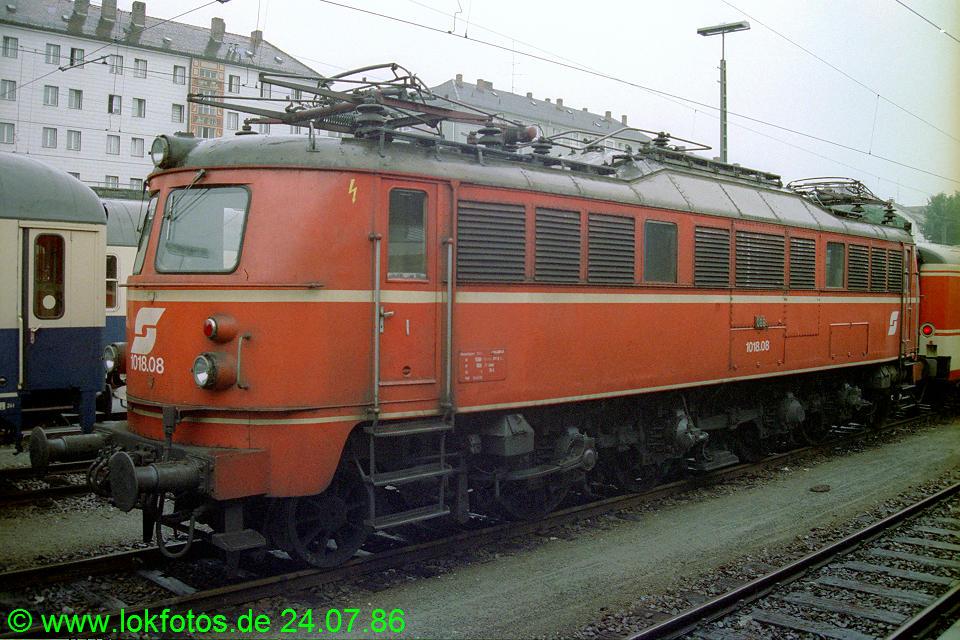 http://www.lokfotos.de/fotos/1986/0724/06266.jpg