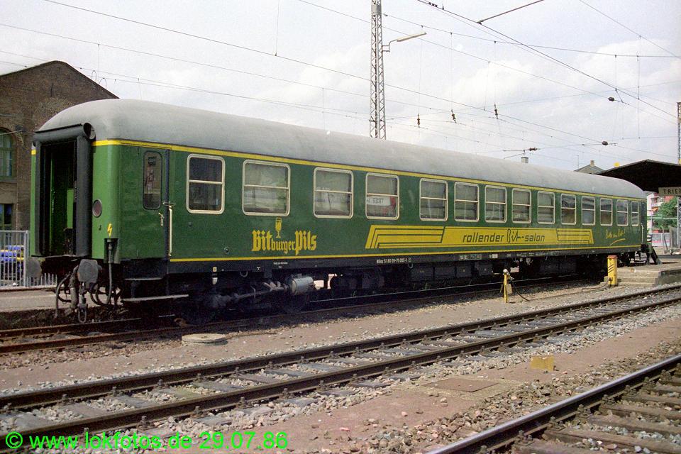 http://www.lokfotos.de/fotos/1986/0729/06338.jpg