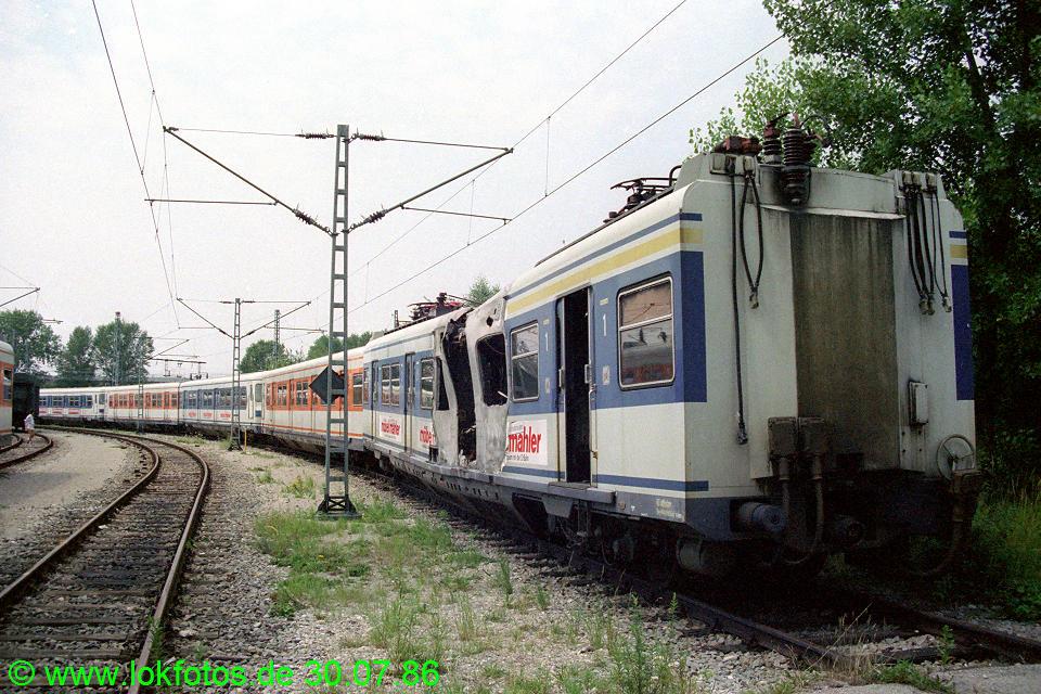 http://www.lokfotos.de/fotos/1986/0730/06366.jpg
