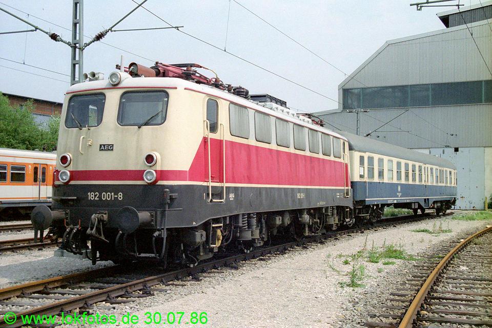 http://www.lokfotos.de/fotos/1986/0730/06367.jpg