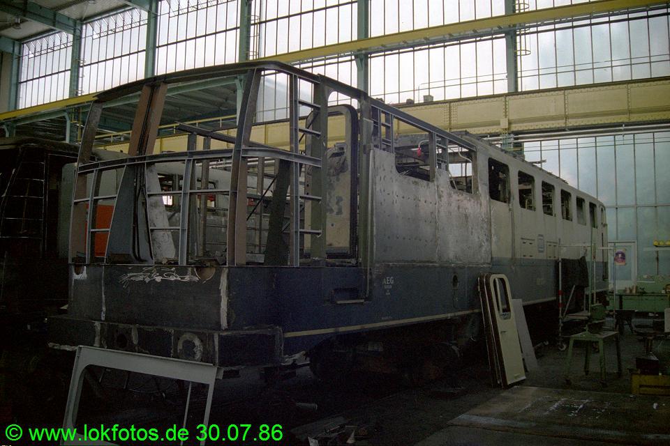 http://www.lokfotos.de/fotos/1986/0730/06389.jpg