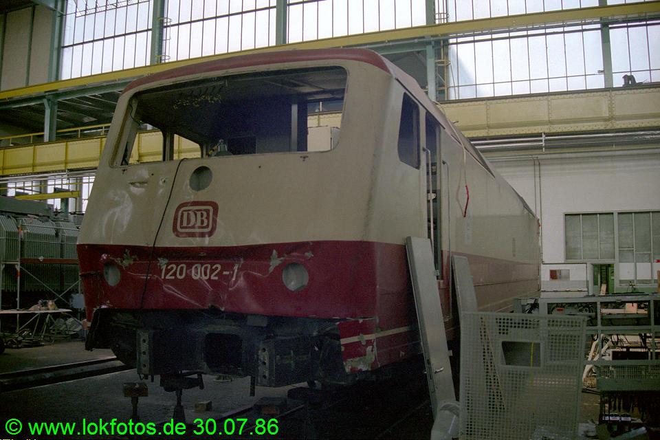 http://www.lokfotos.de/fotos/1986/0730/06390.jpg