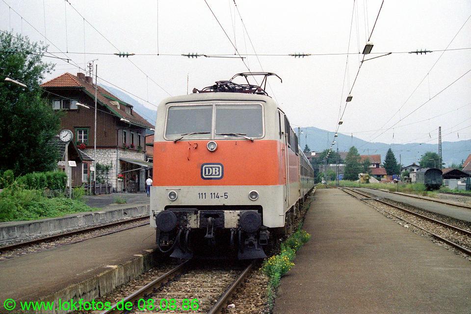 http://www.lokfotos.de/fotos/1986/0808/06588.jpg