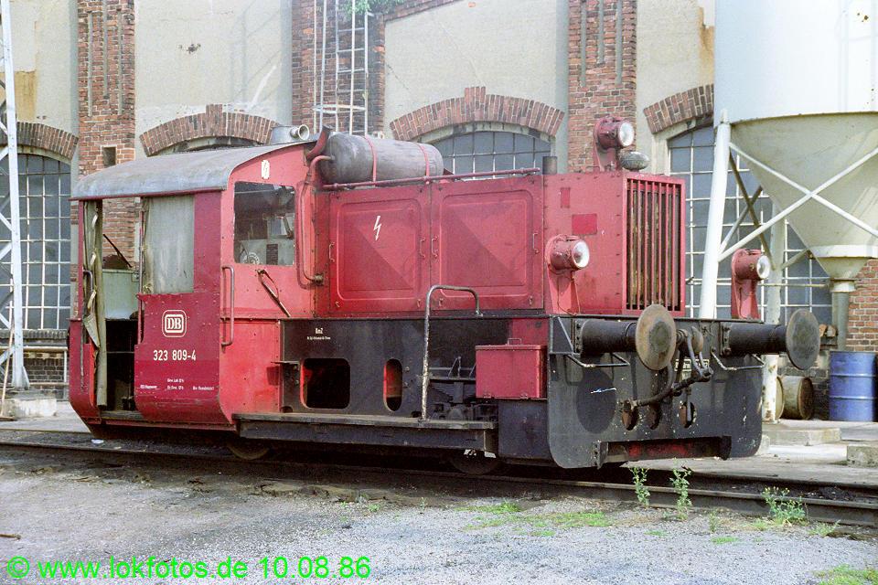 http://www.lokfotos.de/fotos/1986/0810/06646.jpg