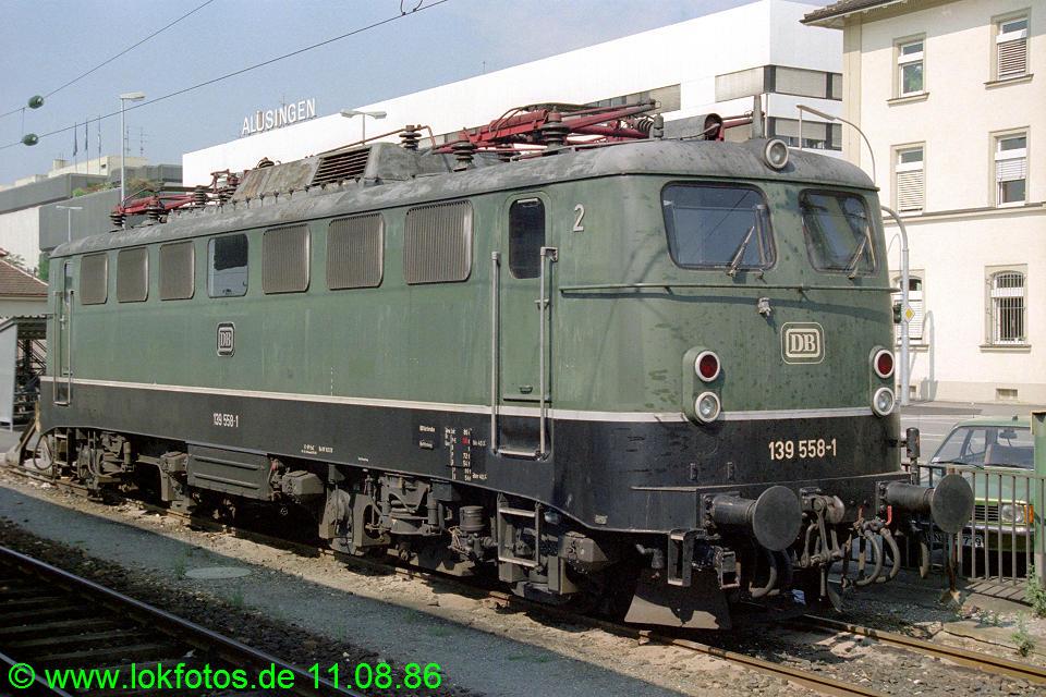 http://www.lokfotos.de/fotos/1986/0811/06677.jpg