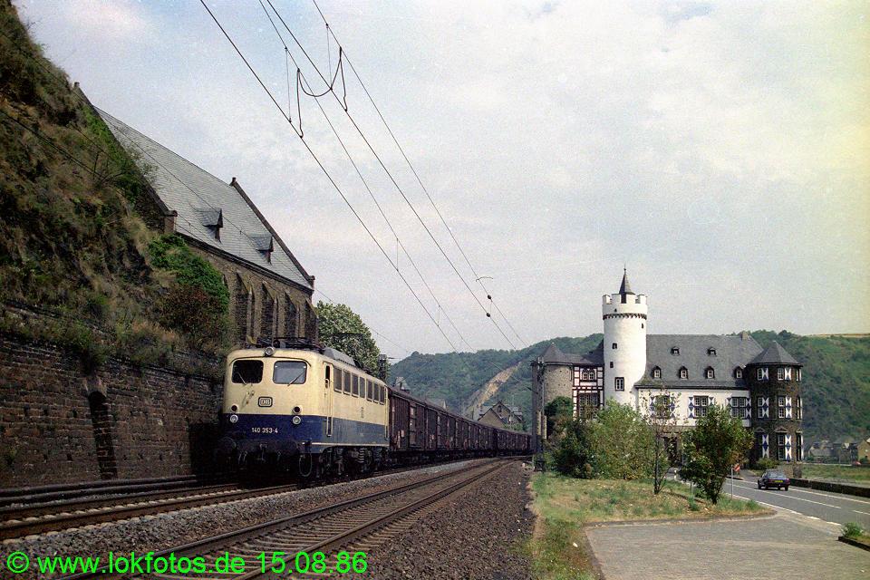 http://www.lokfotos.de/fotos/1986/0815/06843.jpg