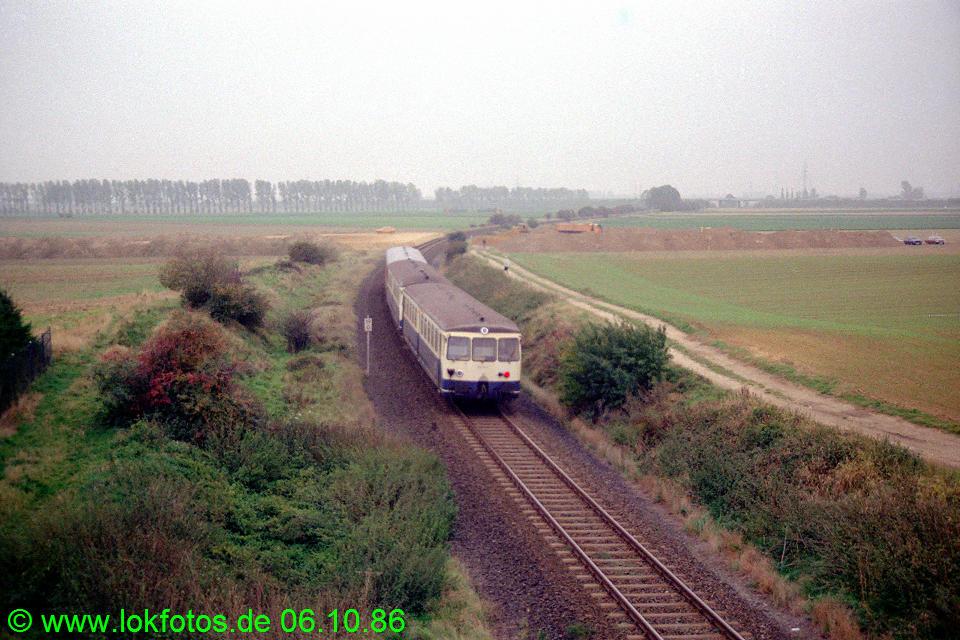 http://www.lokfotos.de/fotos/1986/1006/06949.jpg