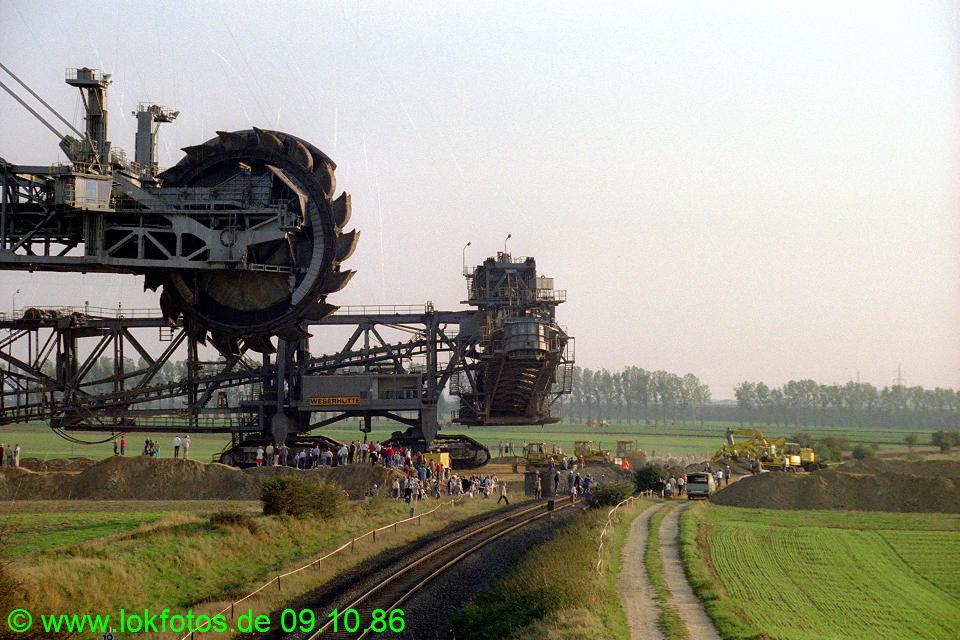 http://www.lokfotos.de/fotos/1986/1009/06954.jpg