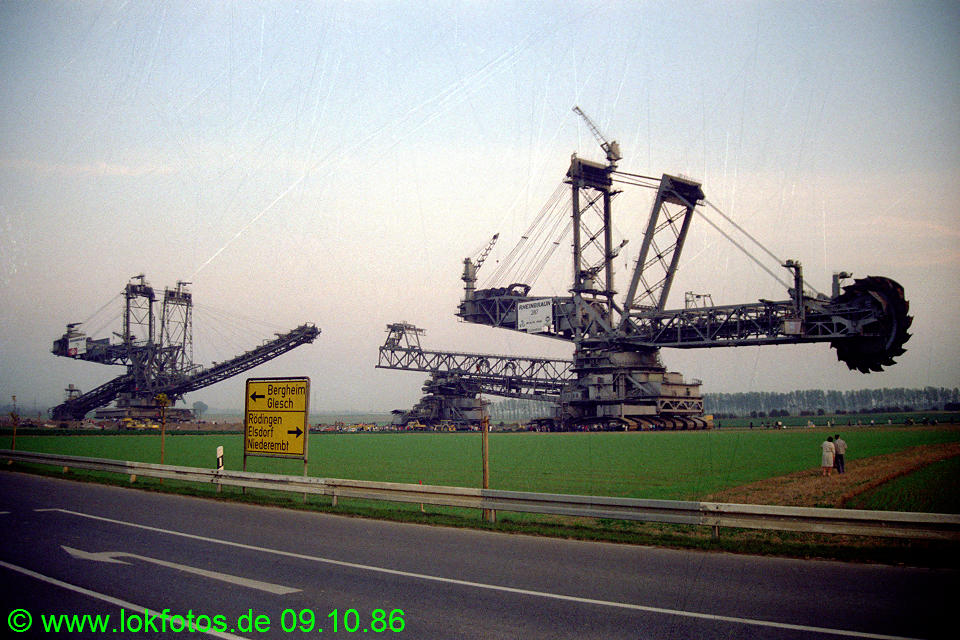 http://www.lokfotos.de/fotos/1986/1009/06965.jpg
