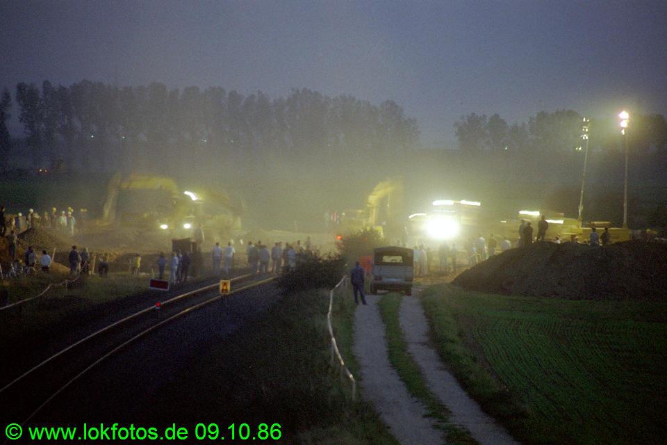 http://www.lokfotos.de/fotos/1986/1009/06975.jpg