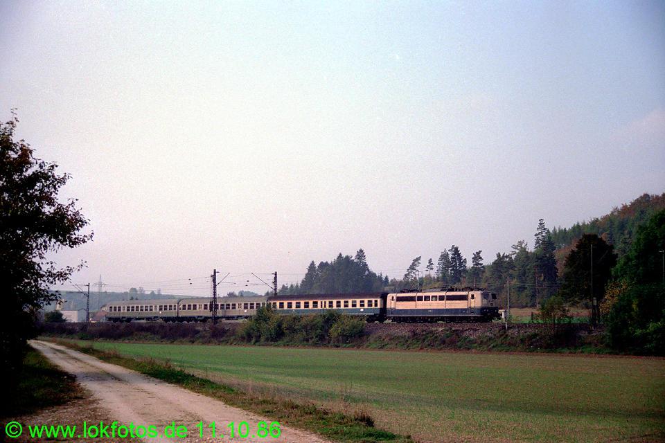 http://www.lokfotos.de/fotos/1986/1011/07041.jpg