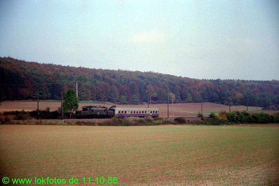 http://www.lokfotos.de/fotos/1986/1011/07042.jpg