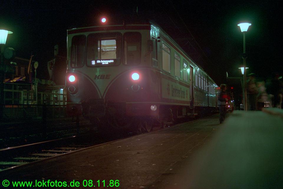 http://www.lokfotos.de/fotos/1986/1108/07056.jpg