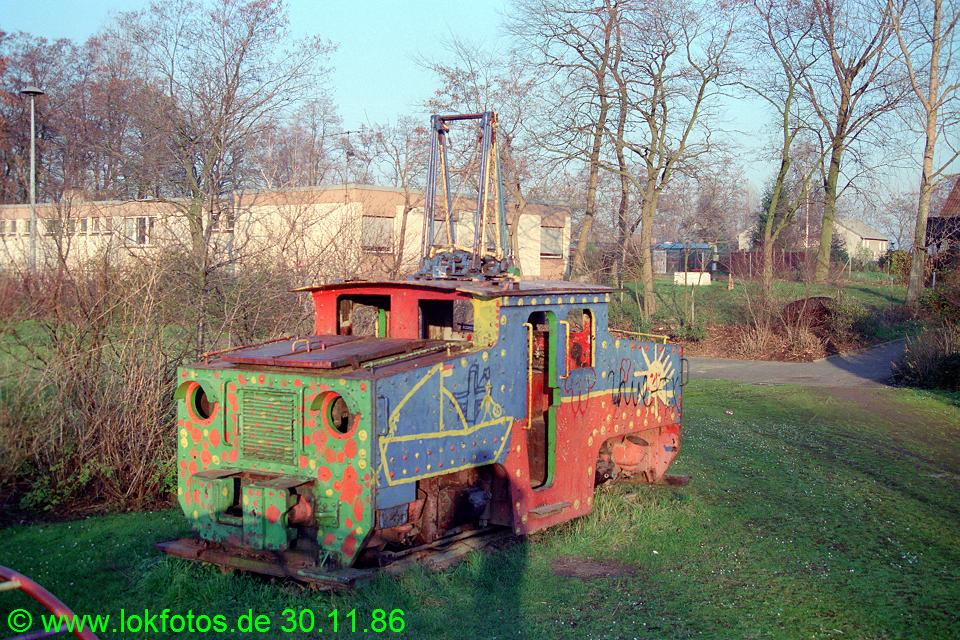 http://www.lokfotos.de/fotos/1986/1130/07077.jpg