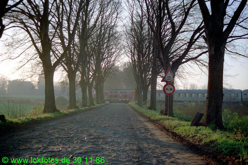 http://www.lokfotos.de/fotos/1986/1130/07079.jpg