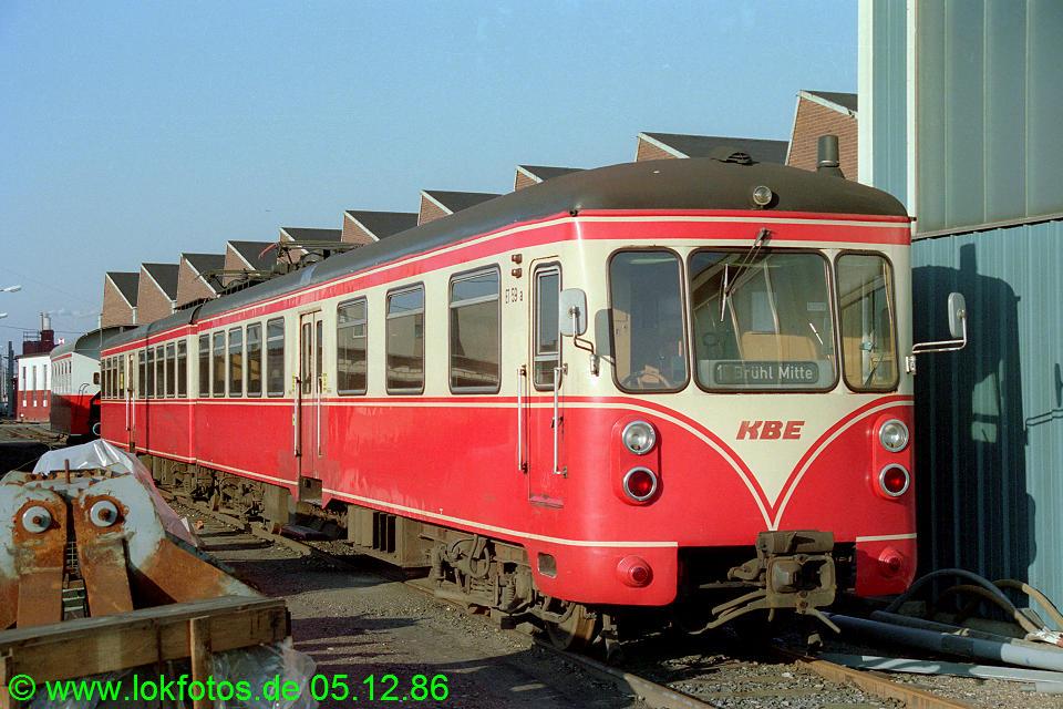 http://www.lokfotos.de/fotos/1986/1205/07083.jpg