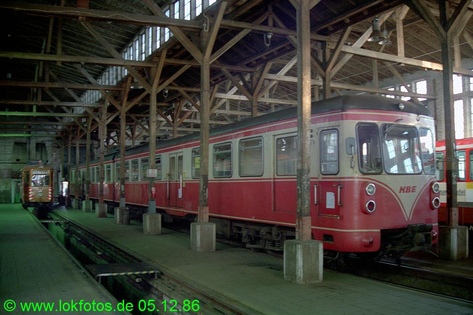 http://www.lokfotos.de/fotos/1986/1205/07087.jpg