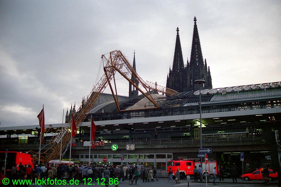 http://www.lokfotos.de/fotos/1986/1212/07092.jpg
