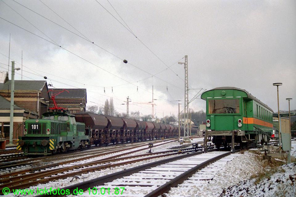 http://www.lokfotos.de/fotos/1987/0110/07103.jpg