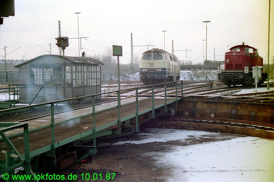 http://www.lokfotos.de/fotos/1987/0110/07110.jpg