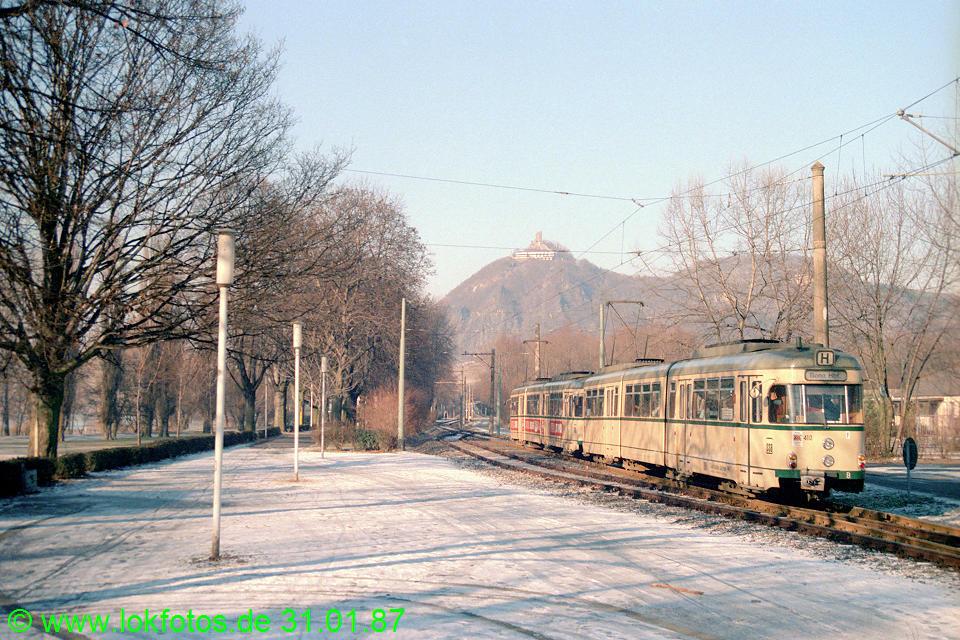http://www.lokfotos.de/fotos/1987/0131/07128.jpg